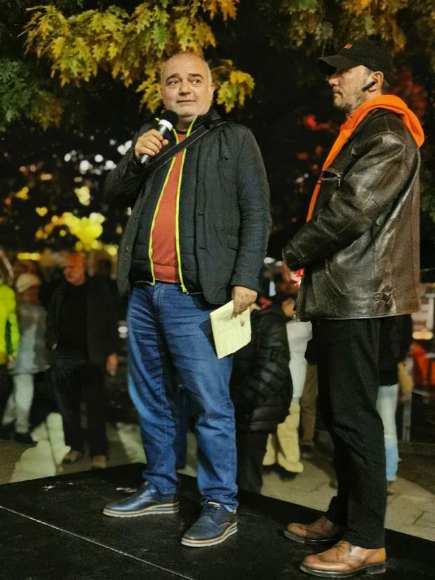 Членът на Отровното трио - Арман Бабикян, пусна прелюбопитен пост