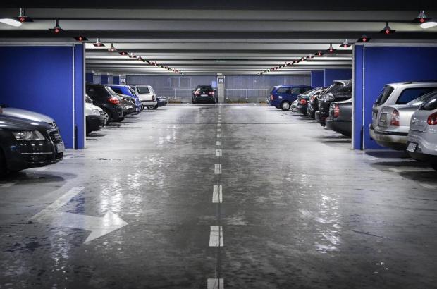 Заради мръсния въздух в София: Безплатно паркиране в паркингите на метрото