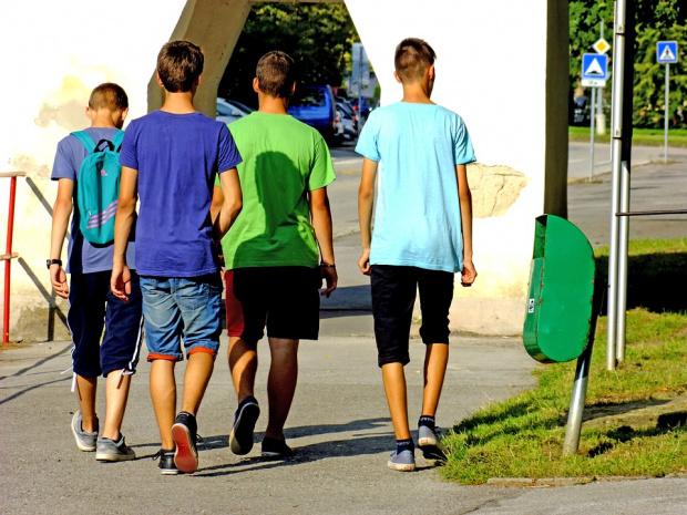Тревожно намалява броят на най-младите българи
