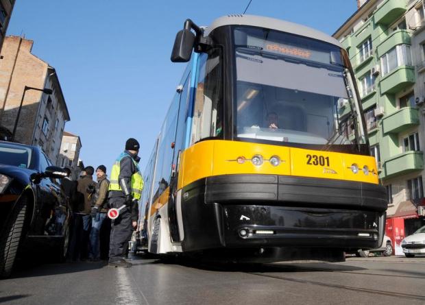 От понеделник, 4 януари, контрольорите в градския транспорт ще започнат