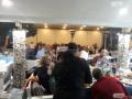 ВИДЕО Див петъчен купон с над 50 души и Милко Калайджиев на микрофона насред пандемията в Пловдив