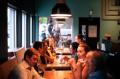 Гражданско неподчинение на Ботуша: Ресторантите се напълниха напук на забраните (ВИДЕО)