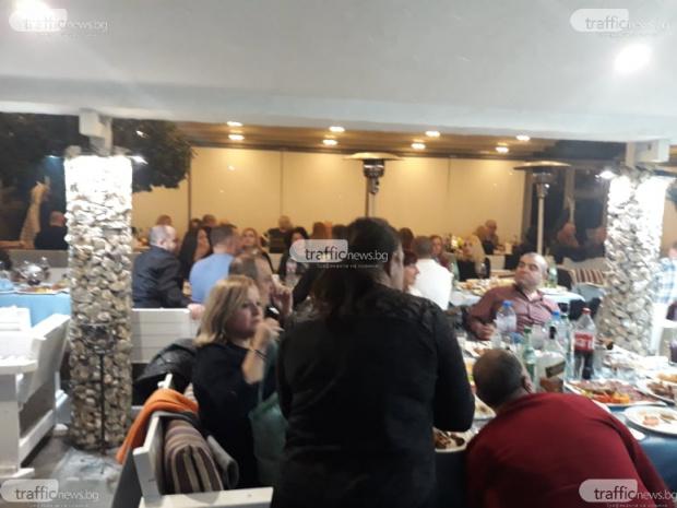 Луд купон се вихри в пловдивския ресторант
