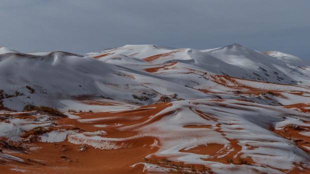 В Сахара заваля сняг