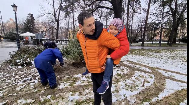 Малкият син на Милен Цветков, Боян, разтопи сърцата на всички.