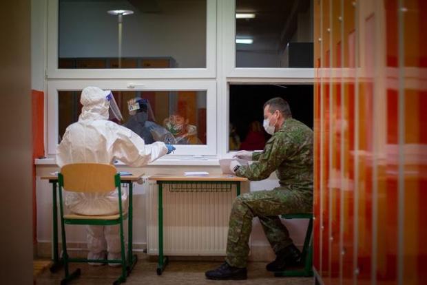 През последното денонощие са регистрирани 544 нови случая на коронавируса