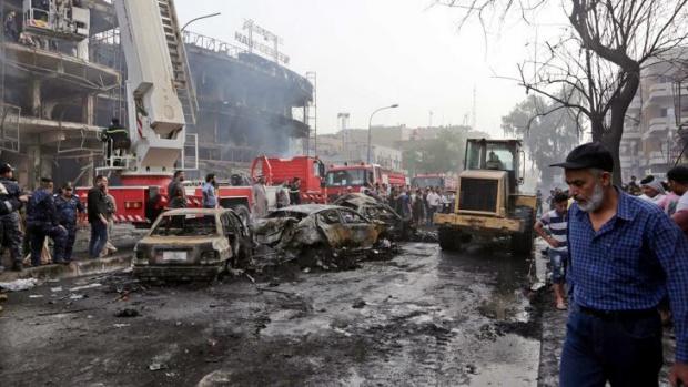 Най-малко 32 души загинаха и поне 110 са ранени при