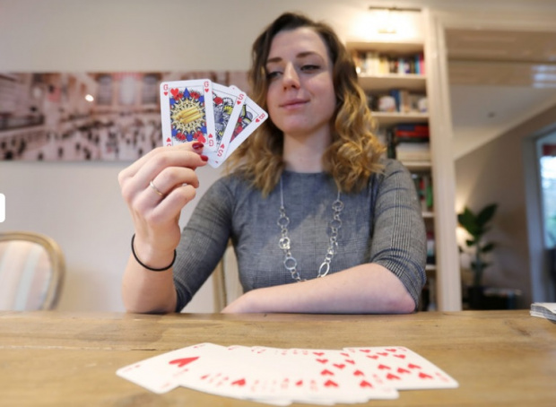 И това доживяхме: Създадоха полово неутрално тесте карти! Белотът няма да е същият