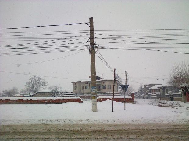 Села в Добричко още са без ток или вода