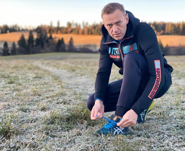 Опозиционер №1Алексей Навални остава в ареста в Русия поне до