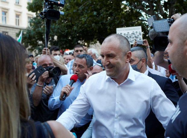 Синът на президента Румен Радев не е задържан от органи