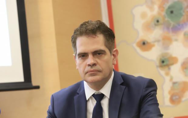 Инжектирали сме 2 млрд. лева в бизнеса покрай пандемията, похвали се министърът на икономиката