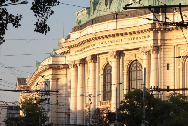Смесена форма на обучение през втория семестър в Софийския
