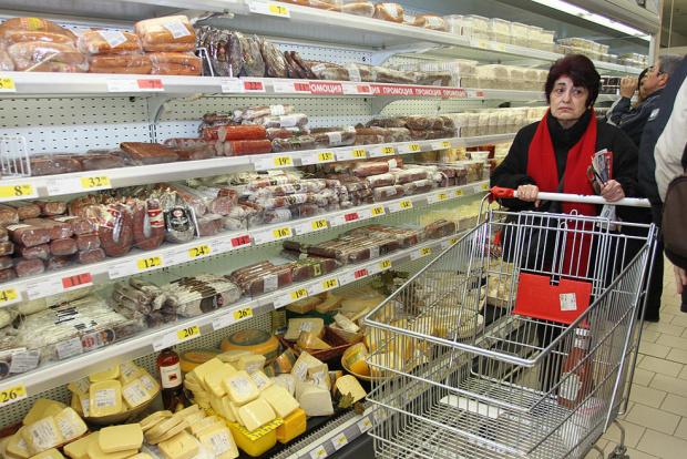 Какво получава, какво харчи и какво яде българинът по време на пандемия