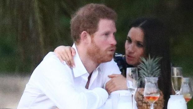 Хари и Меган губят окончателно титли и привилегии