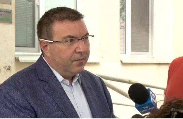 България ще поучи 52 800 дози на АстраЗенека, доставката ще