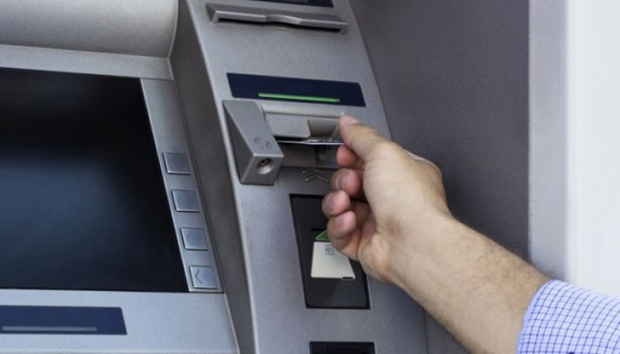 Банките ни дерат живи - таксите им скочиха драстично