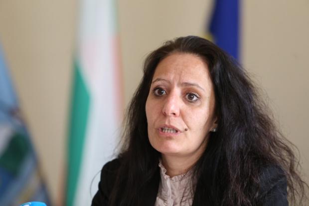Кметицата на Красно село, която се прочу с взети огромни суми, ще търси правата си в съда