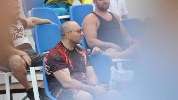 Димитър Желязков, известен като Митьо Очите, вчера е преместен в