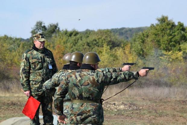 Началникът на отбраната адмирал Емил Ефтимов ще участва в тържествения