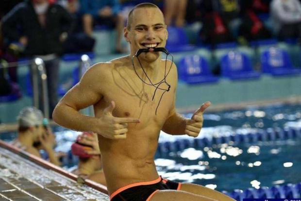 Топ плувецът ни Антъни Иванов загърбва България, ако шефовете не подадат оставки