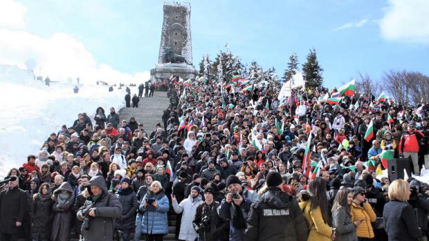Президентът Румен Радев ще участва в честванията на връх