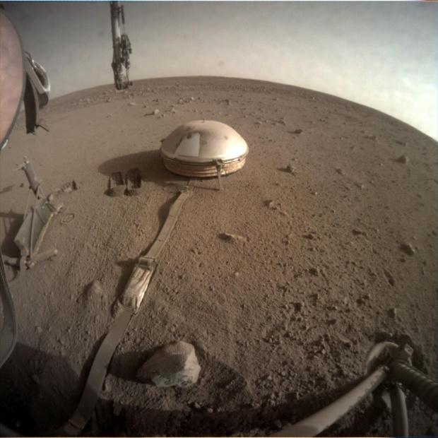 """НАСА с пореден огромен успех, мисията """"ИнСайт"""" измери ядрото на Марс"""