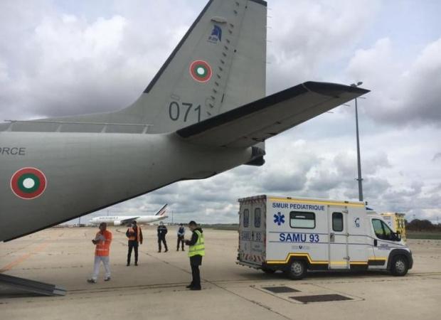 Още един военен самолет с ковид болен пристига на летище Крумово