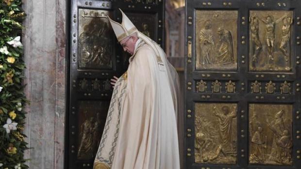 Папа Франциск отслужи литургия по повод Палмова неделя (Цветница), която