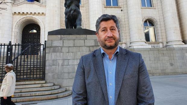 Христо Иванов: ВАС да придвижи бързо въпроса с жалбата срещу видеоизлъчването на броенето на гласовете