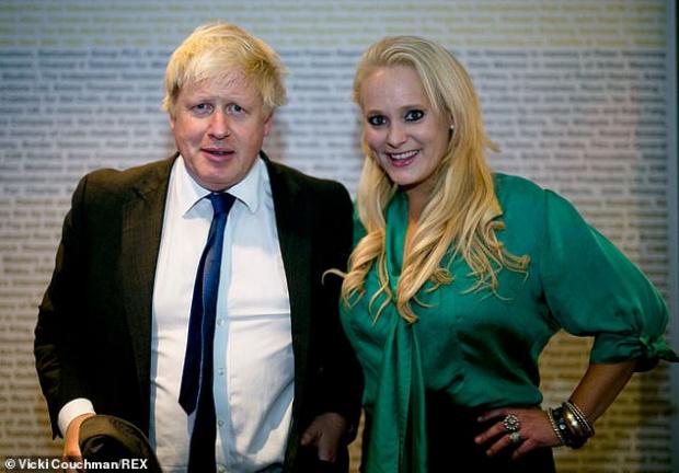 СНИМКИ Изплуваха нови пикантерии около сексскандала с Борис Джонсън, който изневерявал брутално на жена си
