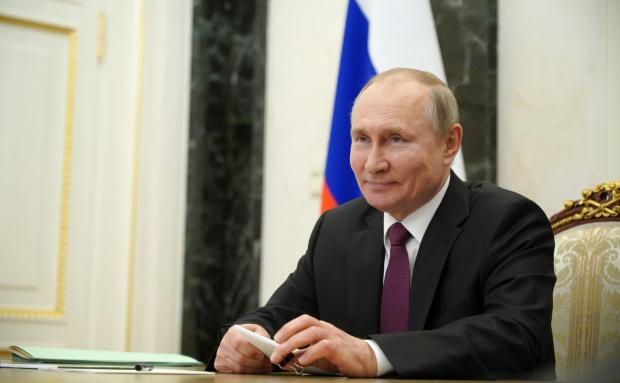 Макрон и Меркел обсъдиха с Путин как да се лицензира руската ваксина в ЕС