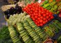Някои основни продукти с драстично поскъпване, но потребителската кошница поевтинява