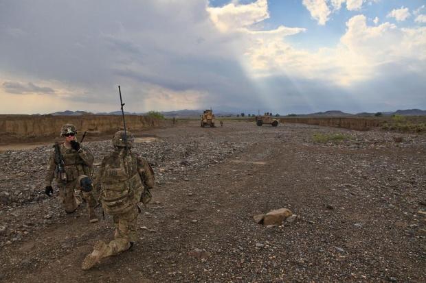 Байдън наредил на Пентагона да изтегли от Персийския залив част от US войските