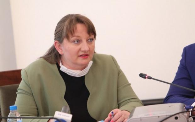 Сачева: ГЕРБ няма страх от служебно правителство, но явно Радев има
