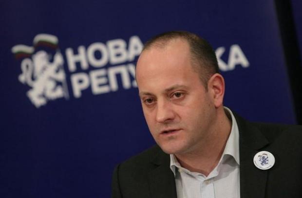 Кънев: ГЕРБ саботира естествения преход, мълчанието на ИНТ е притеснително