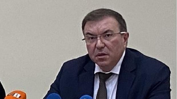 Министърът на здравеопазването в оставка проф. Костадин Ангелов и главният