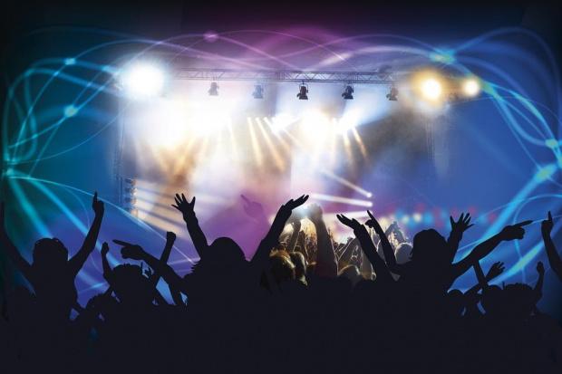 Многохилядните концерти не са риск за COVID-19 - от 5000 само двама са се заразили, доказа експеримент в Барселона