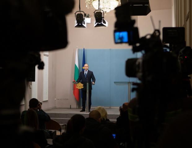 Радев връчва третия проучвателен мандат за съставяне на правителство на БСП