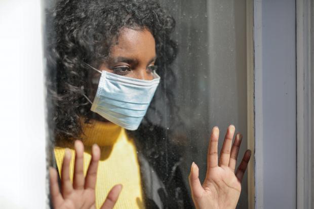 """В лаборатория """"Алергенни препарати"""" към Националния център по заразни и"""
