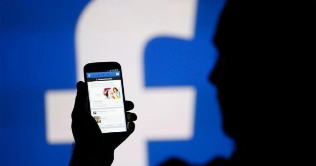 Социалната мрежа Facebook обещава от години да се бори с