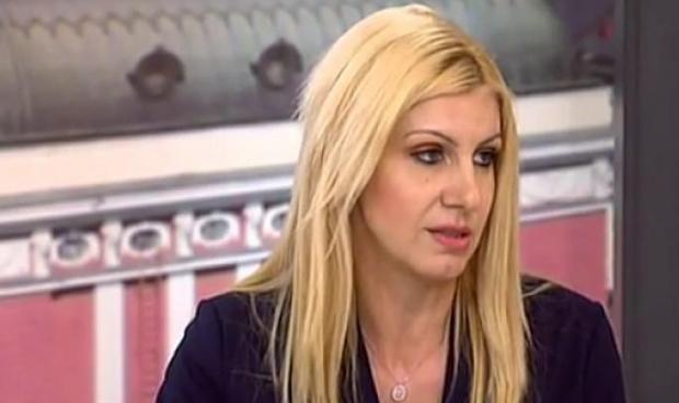Правосъдният министър Десислава Ахладова се връща като съдия в Софийския
