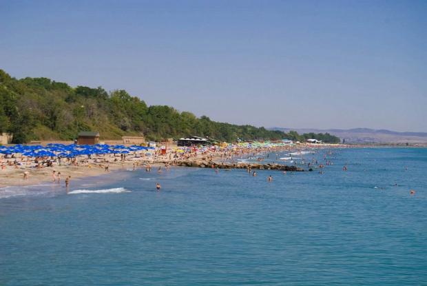 Летният сезон по Северното Черноморие беше открит с малък брой