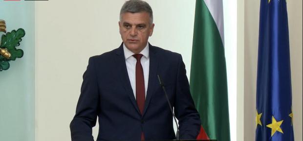 Не плащаш данъци в България, не можеш да гласуваш на идващите избори?