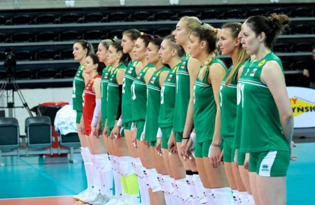 Тази сутрин женският национален отбор на България замина за Запорожие