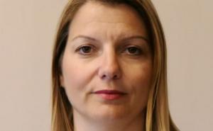 Елена Фичерова връчи оставка като началник на кабинета на Рашков