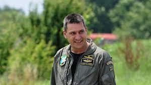 Асеновград тъжи за летеца Валентин Терзиев, кметът предложи помощ на семейството