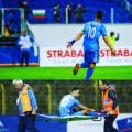 Звездата на Левски Боби Цонев след кошмара с Ериксен: Помислете преди да псувате играчите