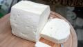 БАБХ спря производството на сирене в незаконна мандра в Костенец