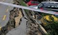 Велоалея във Варна пропадна, смачка няколко коли